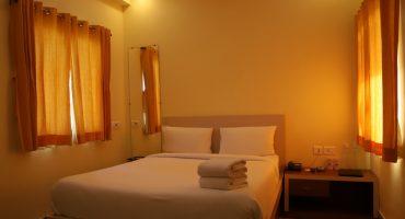 Book Deluxe Rooms in Shantiniketan